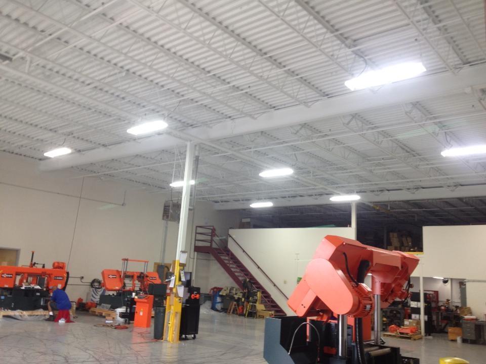 T5 Retrofit Adapters & Fluorescent Bulbs | Solar Energy USA